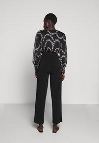 By Malene Birger - MIELA - Trousers - black - 2
