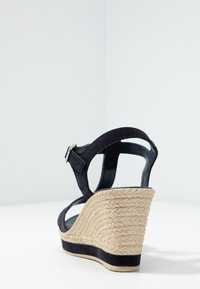 Marco Tozzi - High heeled sandals - navy - 5