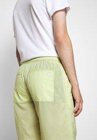 Folk - Shorts - lichen - 3