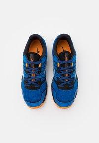 Mizuno - WAVE HAYATE 6 - Trail running shoes - blue/lunar rock/orange - 3