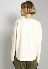 TOM TAILOR DENIM - Sweatshirt - soft creme beige - 2