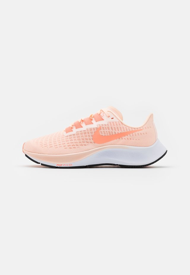 AIR ZOOM PEGASUS 37 - Neutral running shoes - crimson tint/crimson pulse/crimson bliss