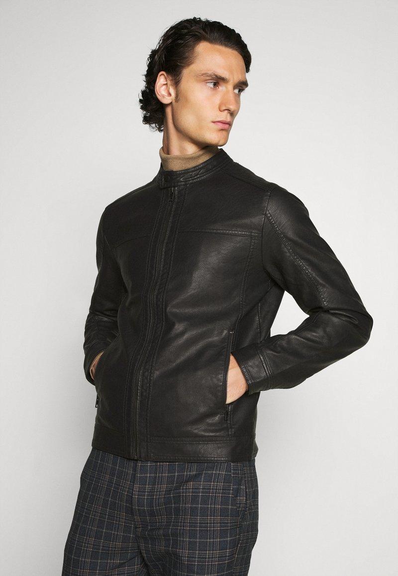 Jack & Jones - JJEWARNER JACKET  - Faux leather jacket - black