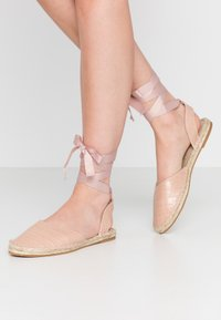 Miss Selfridge - LIBRA  - Loafers - nude - 0