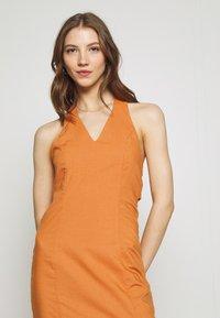 Glamorous - MAYA HALTER NECK DRESS - Maxi dress - rust - 3