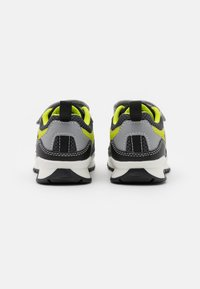 Geox - PAVEL - Trainers - grey/lime - 2