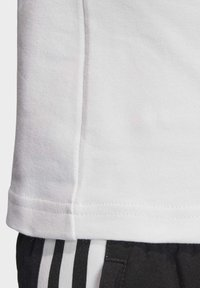 adidas Originals - SLIM T-SHIRT - T-shirt print - white - 7