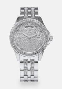 Guess - LADIES DRESS - Klokke - silver-coloured - 0