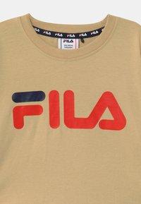 Fila - BEA  - Top sdlouhým rukávem - irish cream/black iris - 2