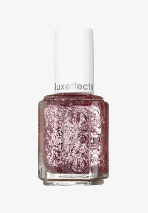 NAIL POLISH - Nagellak: top coat - 275 a cut above the rest