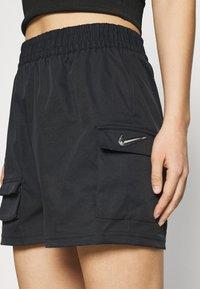 Nike Sportswear - Shorts - black - 3