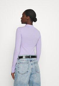 Calvin Klein Jeans - MICRO BRANDING - Long sleeved top - palma lilac - 0