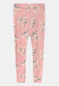 GAP - TODDLER GIRL STAR WARS STORMTROOPER  - Pyjama set - pure pink - 2
