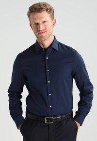 Calvin Klein Tailored - Shirt - dunkelblau - 0