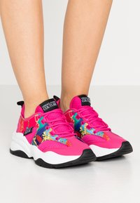Versace Jeans Couture - CHUNKY SOLE - Sneakers laag - multicolor - 0