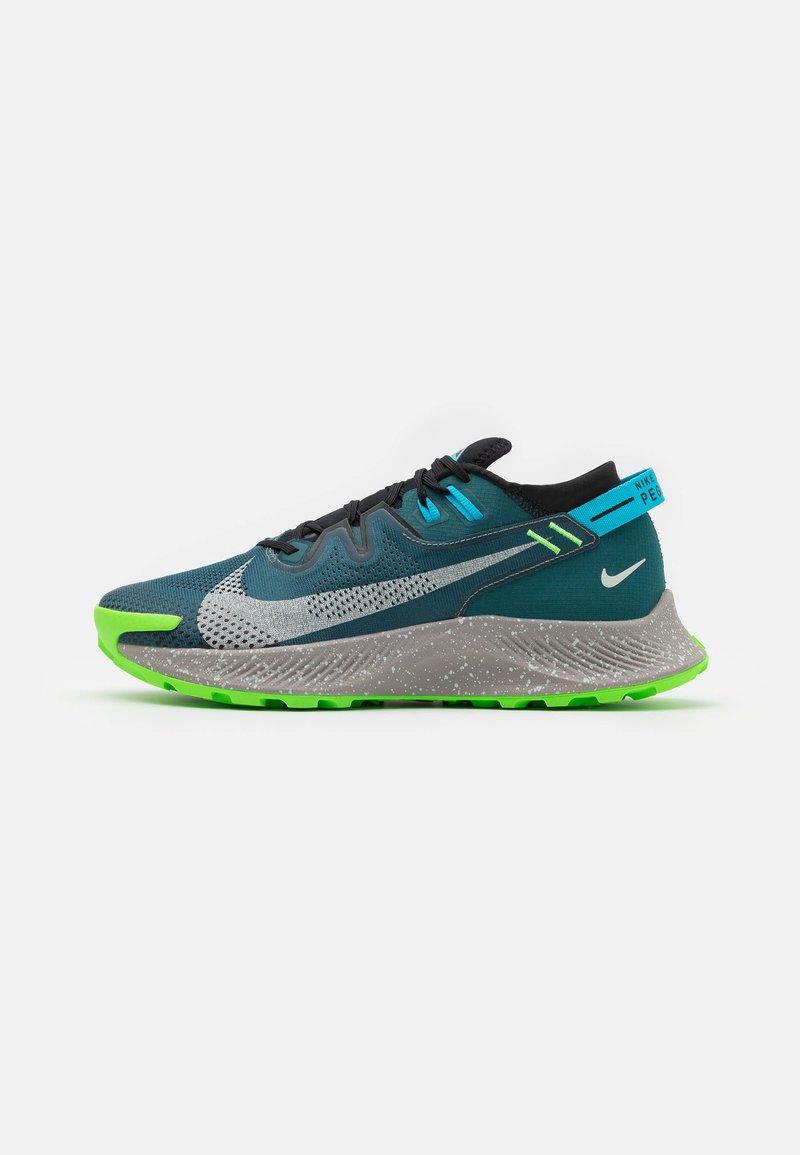 Nike Performance - PEGASUS TRAIL 2 - Zapatillas de trail running - dark teal green/light silver/black