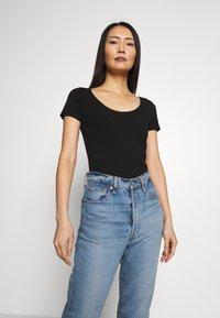 Anna Field - 3 PACK - Basic T-shirt - black - 2