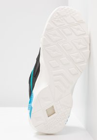 Reebok Classic - AZTREK DOUBLE POPS LIGHT CUSHION SHOES - Tenisky - black/alloy/teal - 6
