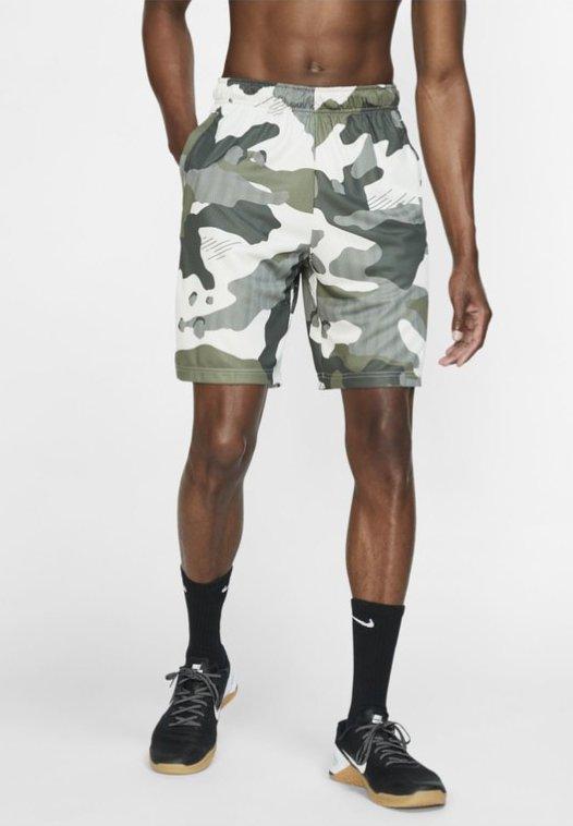 Nike Performance - Korte sportsbukser - off-white/black