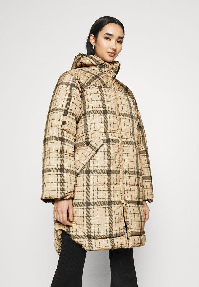RUT PUFFER JACKET - Winter coat - beige/green