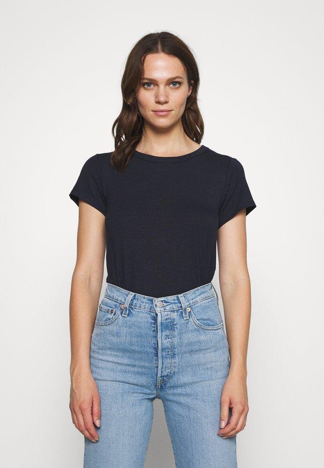 RATAN - Camiseta básica - night sky