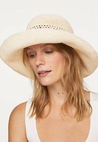 OYSHO - Hat - white - 0