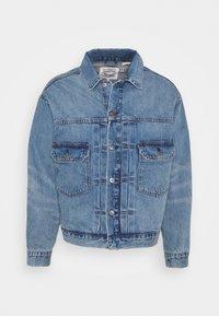 OVERSIZED TYPE II TRUCKER UNISEX - Denim jacket - blue denim