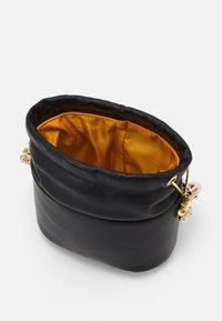Rosantica - BRICK MINI - Käsilaukku - black - 3