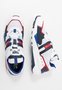 Tommy Jeans - COOL RUNNER - Trainers - white - 1