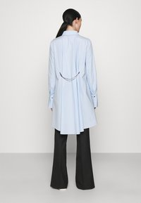 KARL LAGERFELD - EMBELLISHED  - Button-down blouse - cashmere blue - 2