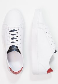 Tommy Hilfiger - TOMMY STAR METALLIC SNEAKER - Trainers - white - 2