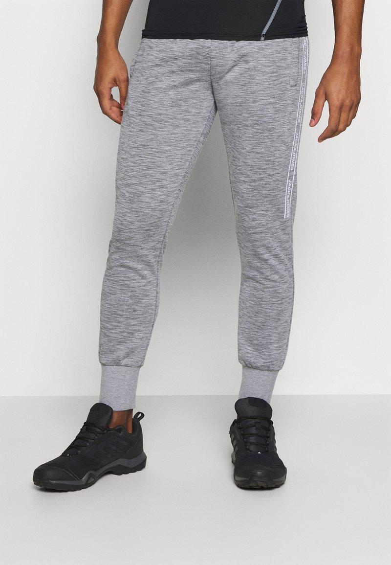 Jack & Jones Performance - JCOZHALF TAPE  - Pantalon de survêtement - light grey melange