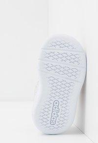 adidas Performance - TENSAUR UNISEX - Sports shoes - dash grey/glowpink/bright cyan - 5