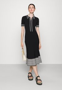 KARL LAGERFELD - FLAIR DRESS - Sukienka dzianinowa - black - 1