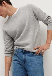 Mango - BOB - Straight leg jeans - bleu foncé - 4