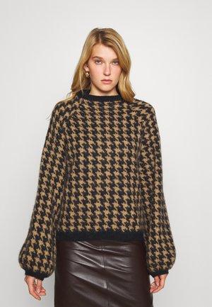 MIA O-NECK - Sweter - black