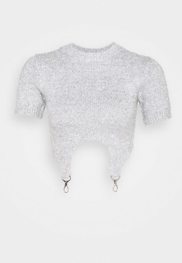 T-shirts med print - silver