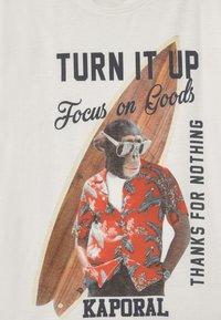 Kaporal - SURFING MONKEY - Print T-shirt - white - 2