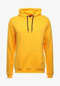 ocre yellow