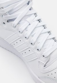 adidas Originals - TOP TEN - Sneakers alte - footwear white/clear white - 5