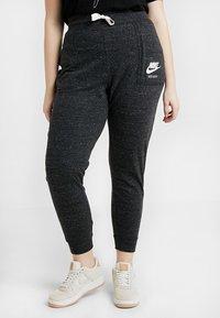 Nike Sportswear - GYM PANT PLUS - Tracksuit bottoms - black/sail - 0