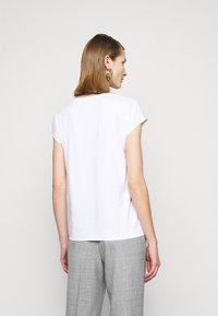 MAX&Co. - MALDIVE - T-shirt basic - optic white - 2