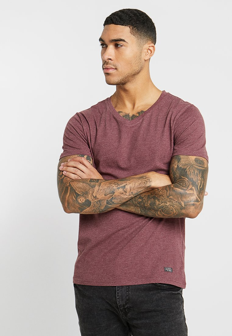 Pier One - Basic T-shirt - mottled bordeaux