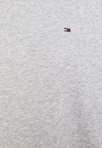 Tommy Hilfiger - OVERSIZED SHIFT SHORT DRESS  - Day dress - light grey heather - 2