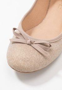 Anna Field Wide Fit - Klassischer  Ballerina - rose gold - 2