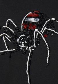 Alessandro Zavetti - ATRAX TEE - T-shirt print - black - 2