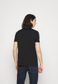 Glorious Gangsta - GALOS TEE - Print T-shirt - jet black/red - 2