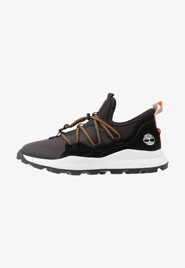 BROOKLYN - Sneakers - black