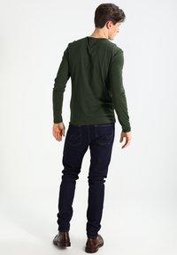 Pier One - Top sdlouhým rukávem - khaki - 2