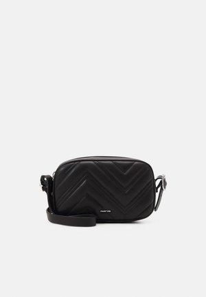 CROSSBODY BAG RON BLACK - Taška spříčným popruhem - black